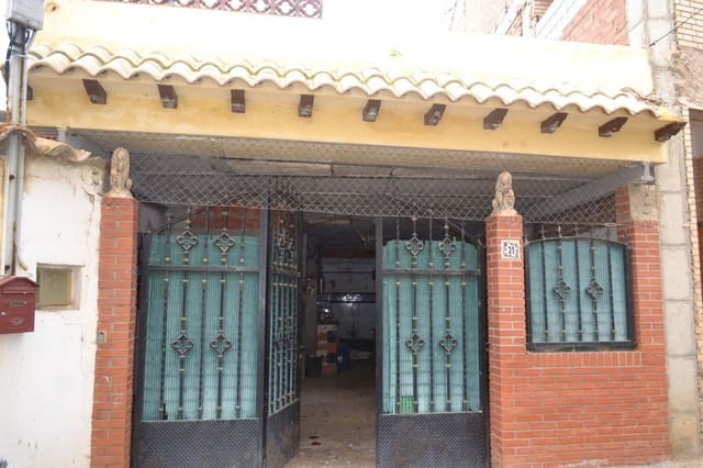 6 bedroom Terraced Villa for sale in Escorihuela - € 20,000 (Ref: 5921255)