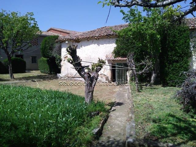 4 chambre Maison de Ville à vendre à Gordaliza del Pino - 48 000 € (Ref: 5997982)