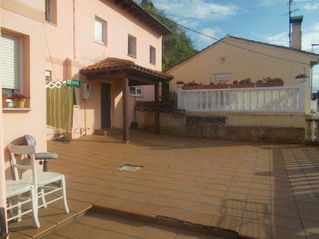 3 chambre Villa/Maison Mitoyenne à vendre à Santander - 93 000 € (Ref: 6063904)