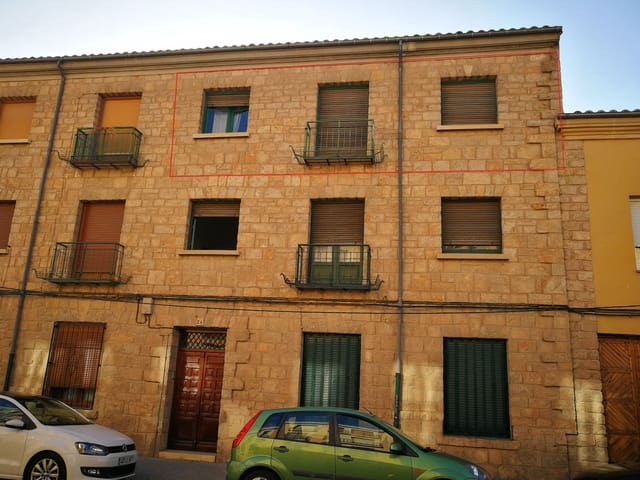 3 bedroom Flat for sale in Siguenza - € 55,000 (Ref: 6233599)