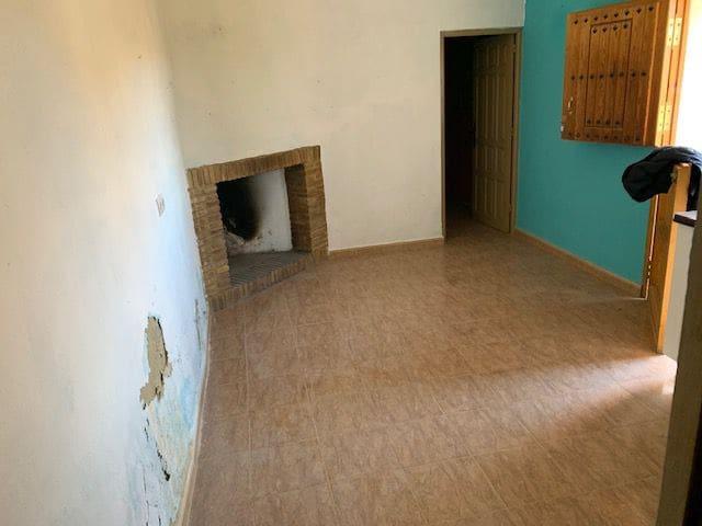 1 quarto Casa em Banda para venda em Castaras - 24 000 € (Ref: 6403091)
