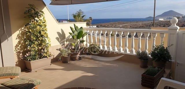 3 slaapkamer Huis te huur in El Medano met zwembad garage - € 1.100 (Ref: 4118261)