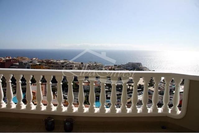 2 bedroom Penthouse for sale in Puerto Santiago with pool garage - € 472,500 (Ref: 5802521)
