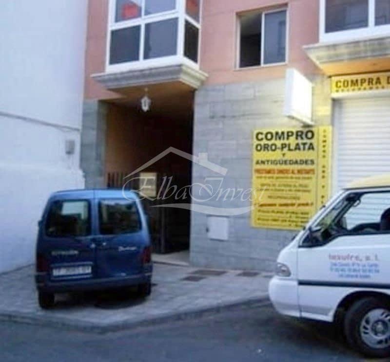 Kommersiell till salu i Los Llanos de Aridane - 41 000 € (Ref: 5802770)