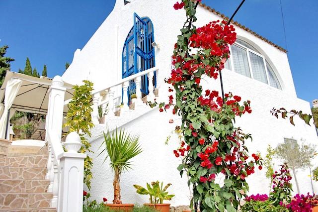 Chalet de 4 habitaciones en Blue Lagoon en venta con garaje - 210.000 € (Ref: 4025141)
