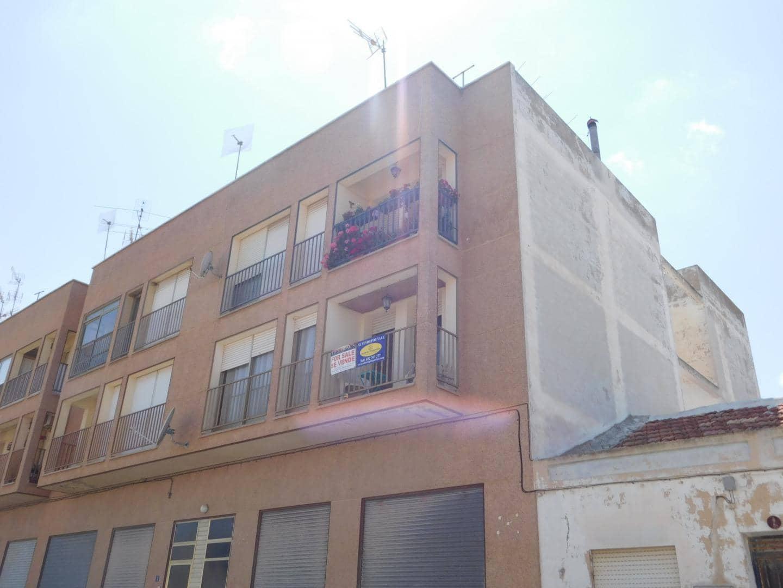 Apartamento de 4 habitaciones en Torremendo en venta - 75.000 € (Ref: 4037323)