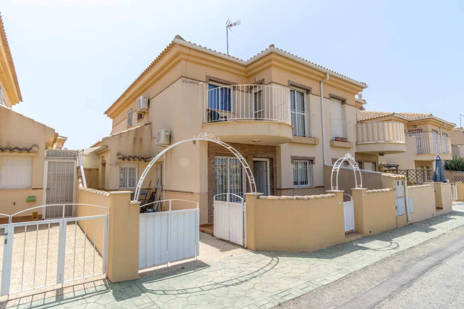 Casa de 3 habitaciones en Playa Flamenca en venta - 129.000 € (Ref: 4892407)