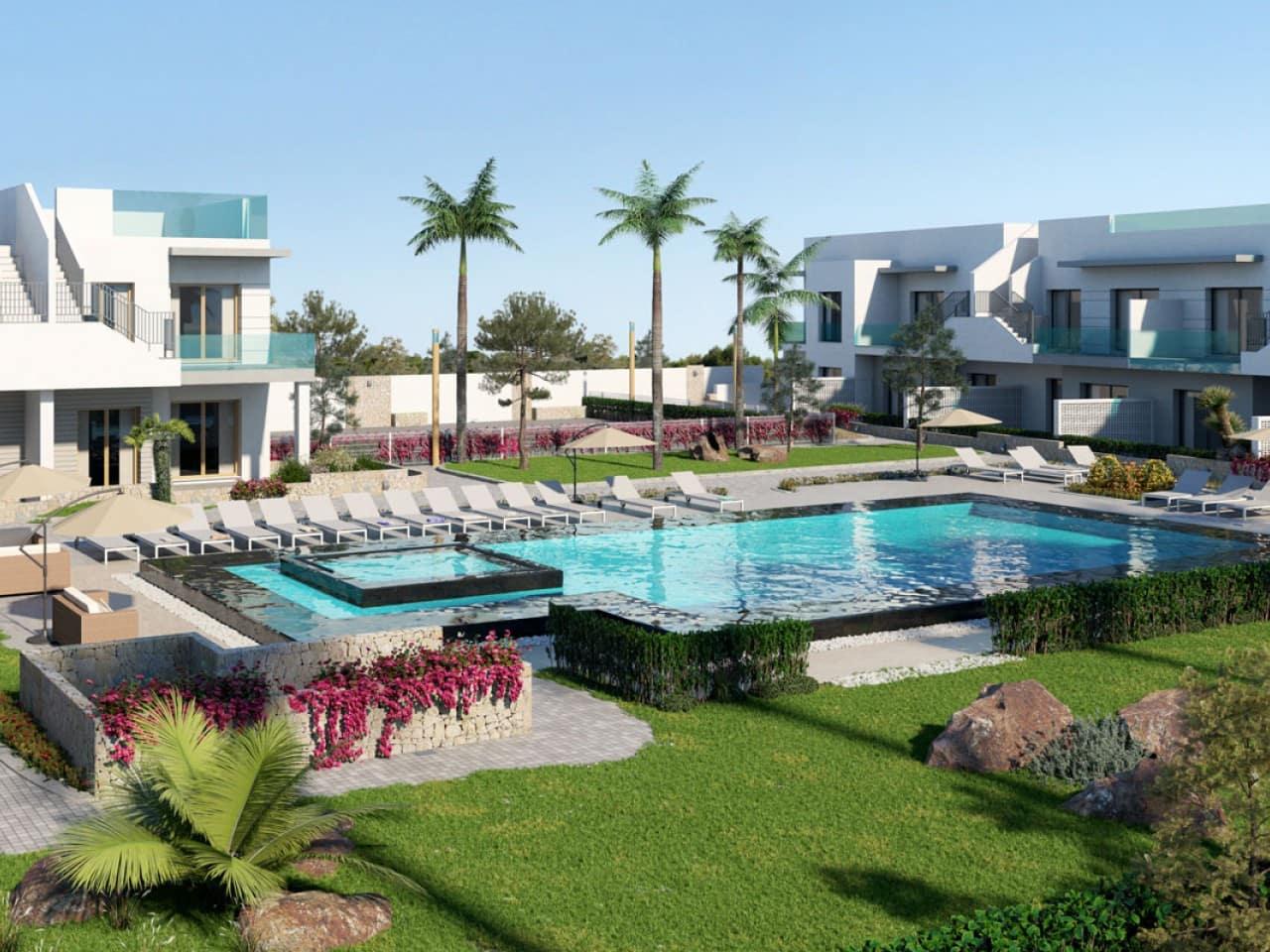 Adosado de 2 habitaciones en Pilar de la Horadada en venta con piscina - 131.000 € (Ref: 4982639)