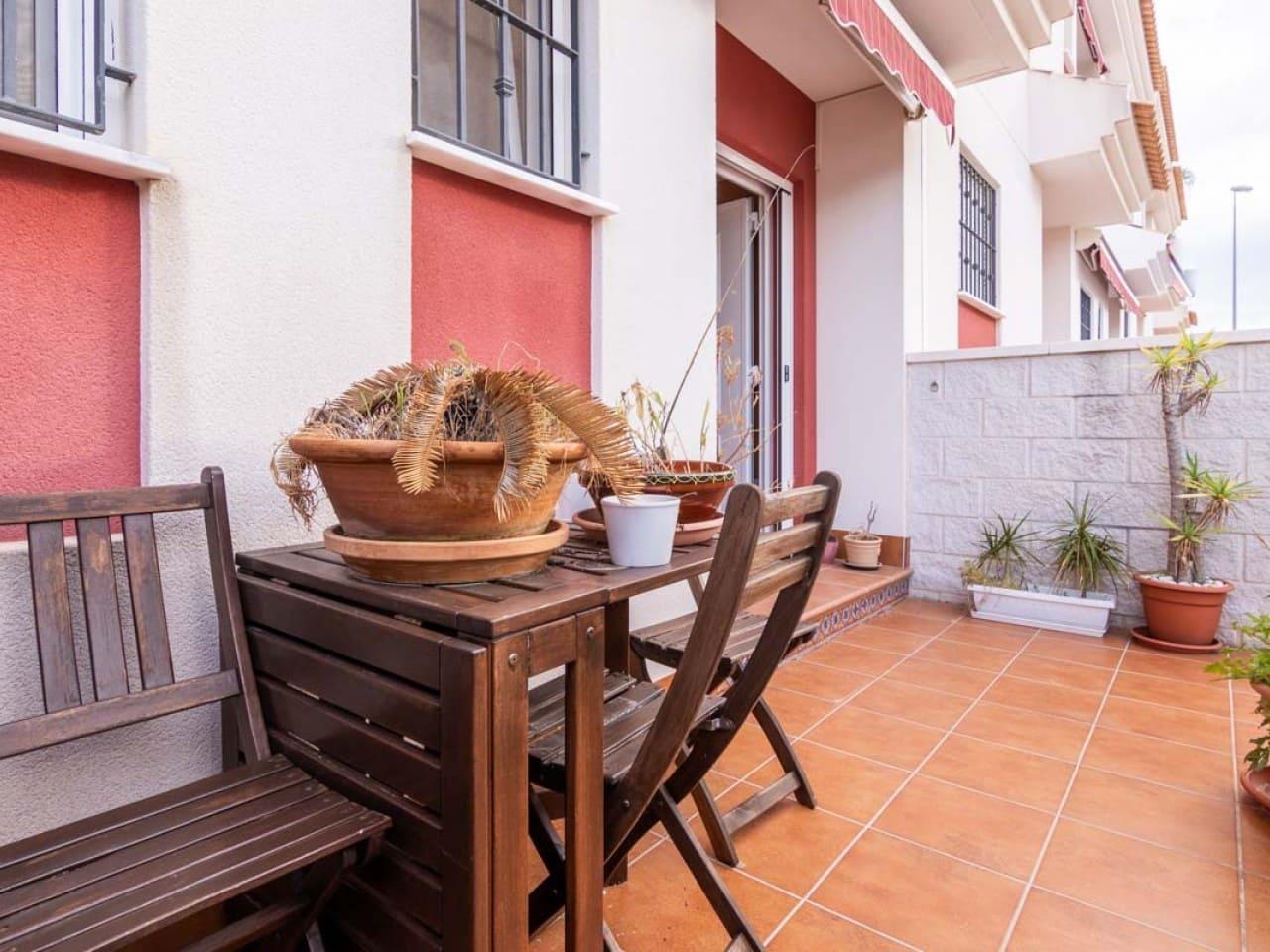 Casa de 3 habitaciones en Benijófar en venta con piscina - 179.000 € (Ref: 4982726)