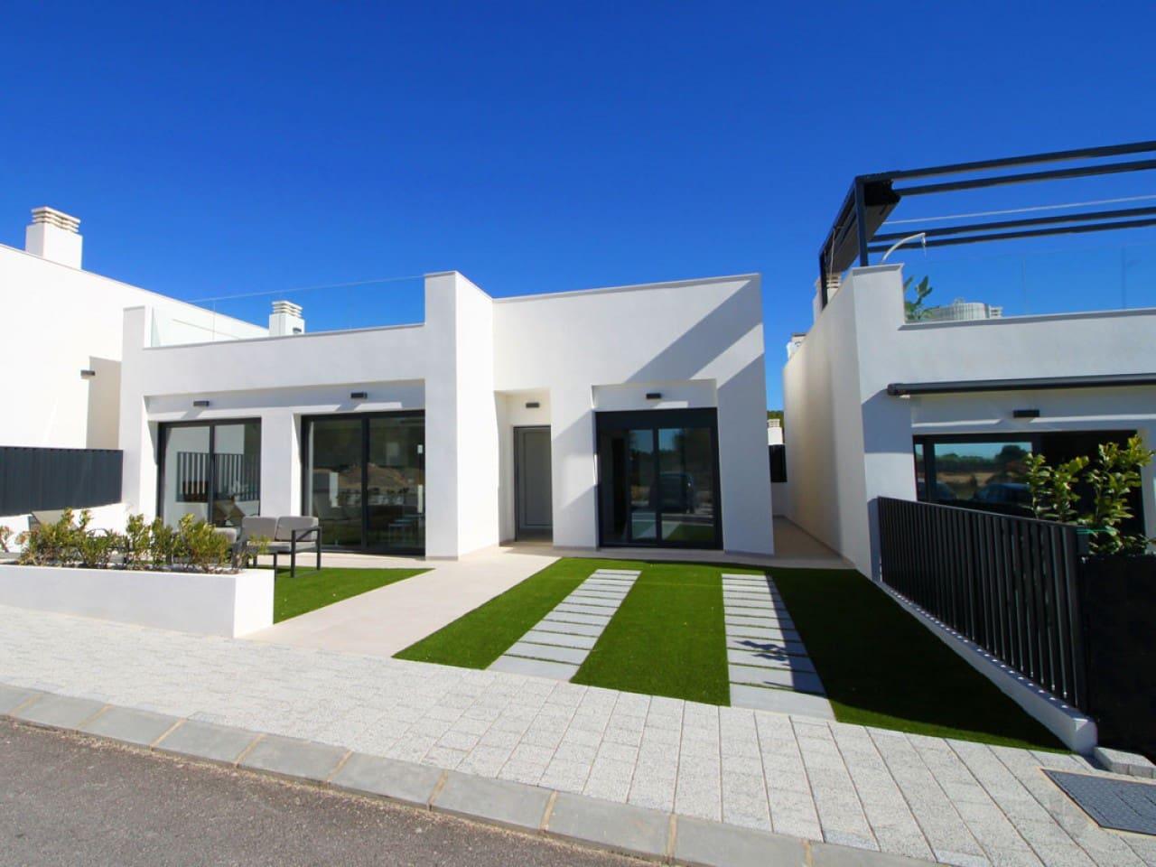 Chalet de 3 habitaciones en Pilar de la Horadada en venta con piscina - 289.900 € (Ref: 4982936)