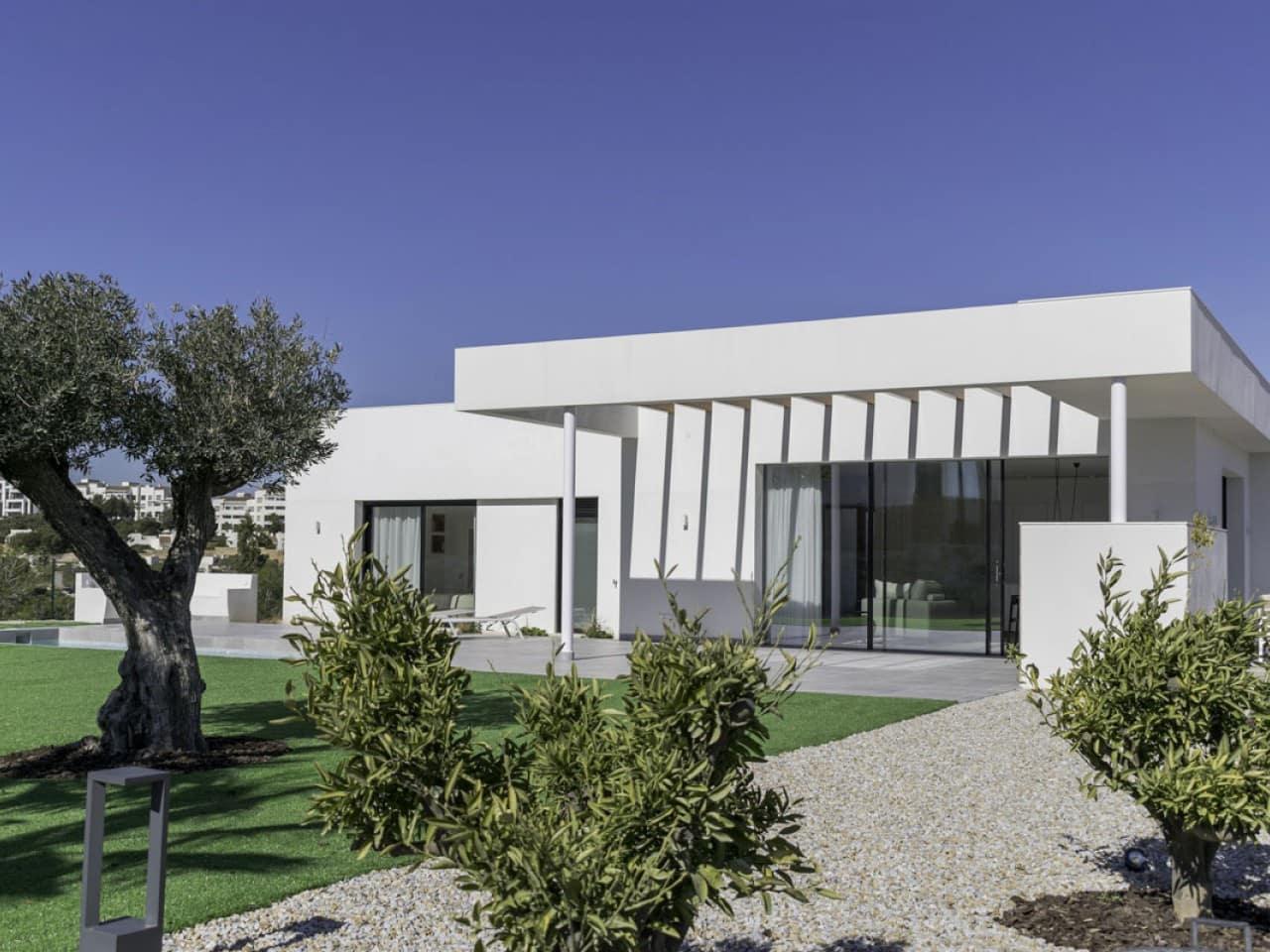 Chalet de 3 habitaciones en Las Colinas Golf en venta con piscina - 625.000 € (Ref: 5017096)