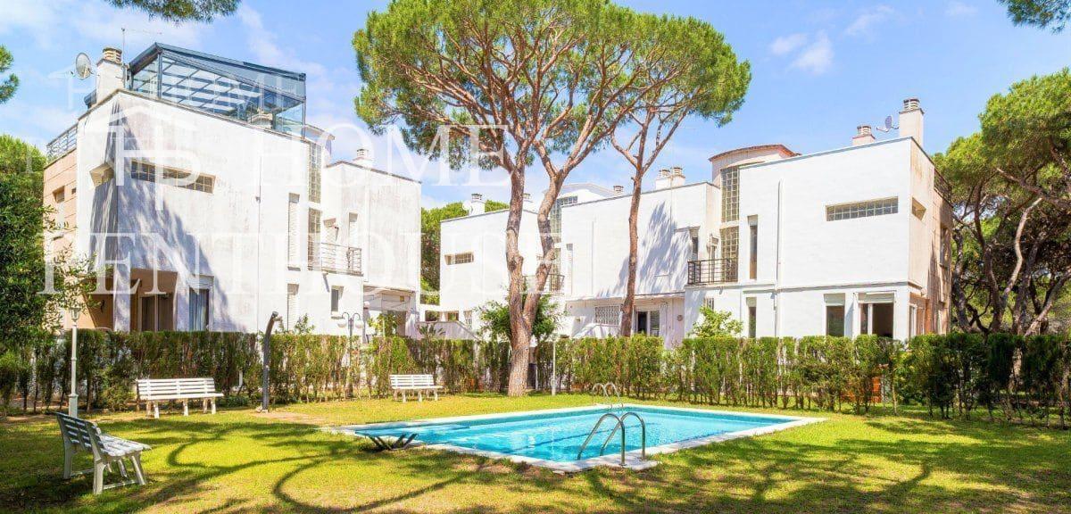Adosado de 5 habitaciones en Gavà en venta con piscina garaje - 890.000 € (Ref: 5296009)