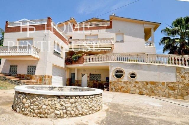 Chalet de 5 habitaciones en Piera en venta con garaje - 350.000 € (Ref: 5312051)
