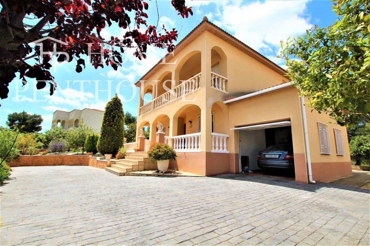 Chalet de 4 habitaciones en Olivella en venta con garaje - 260.000 € (Ref: 5329403)