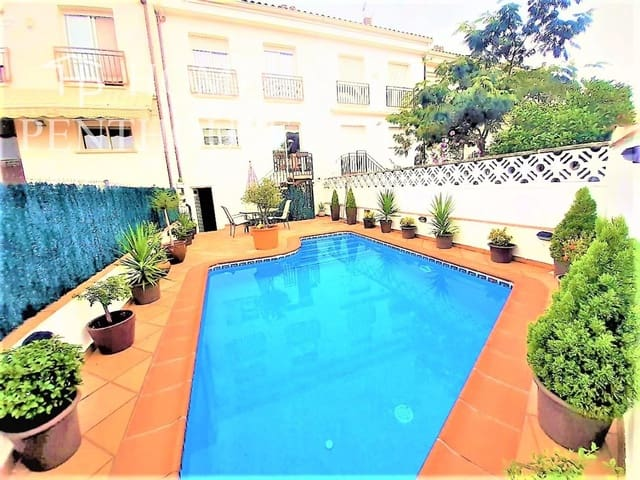Adosado de 4 habitaciones en Caldes de Montbui en venta con piscina garaje - 419.000 € (Ref: 5661936)