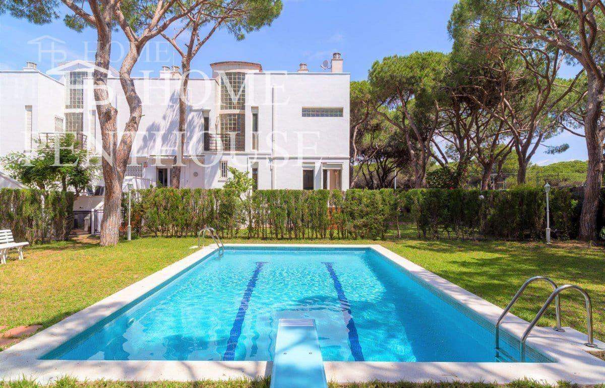 5 camera da letto Villetta a Schiera in vendita in Gava con piscina garage - 890.000 € (Rif: 5708495)