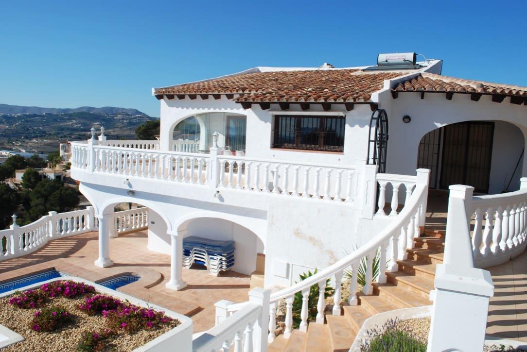 3 soverom Villa til salgs i Moraira med svømmebasseng - € 1 345 (Ref: 4521708)