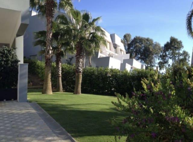 4 sovrum Radhus till salu i San Enrique de Guadiaro med garage - 400 000 € (Ref: 5587687)