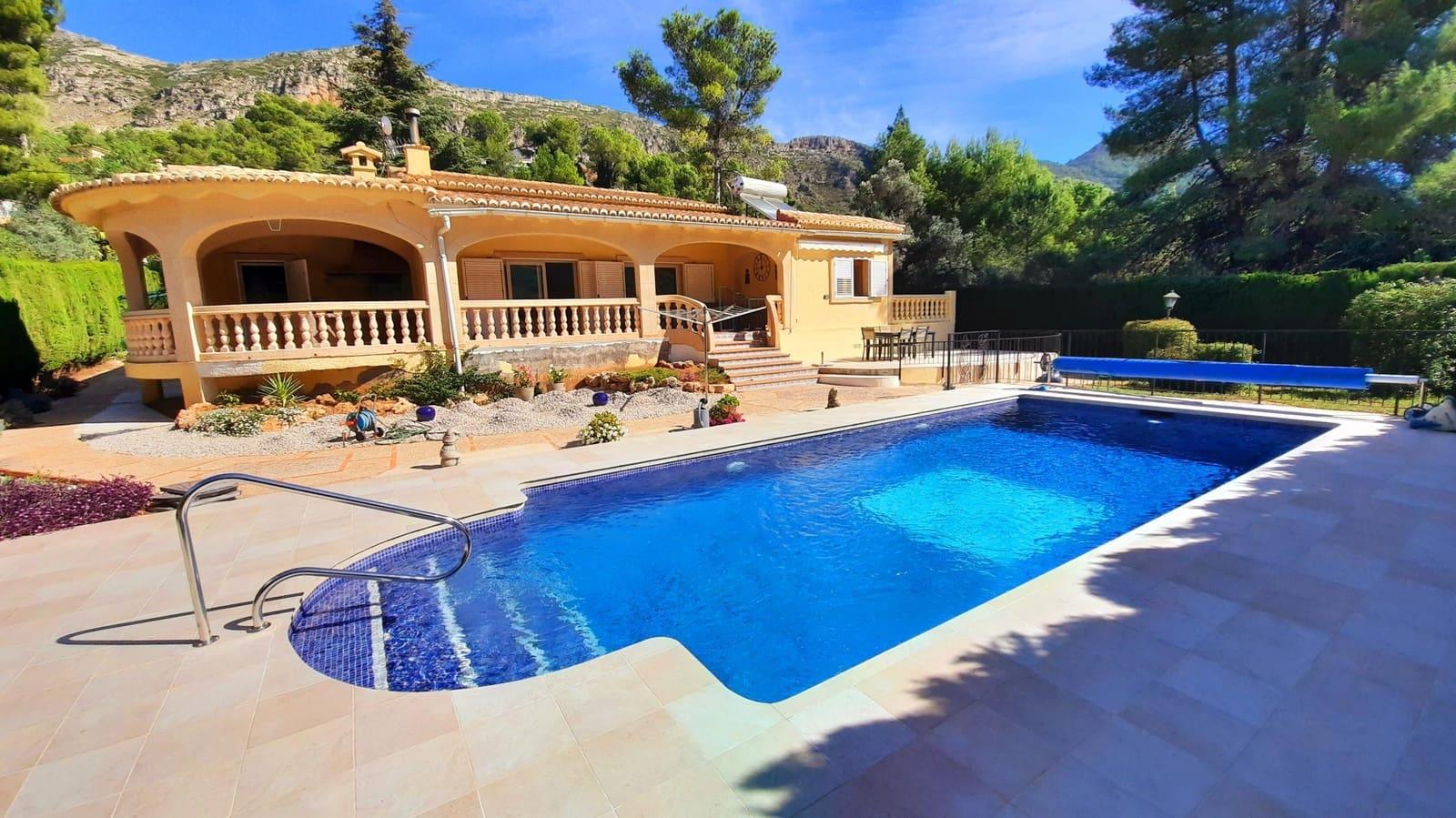4 sypialnia Bungalow na sprzedaż w La Drova z basenem - 365 000 € (Ref: 6205162)