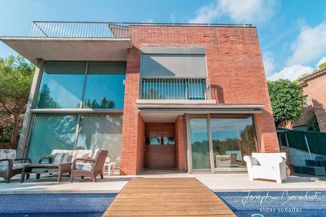 4 quarto Moradia para venda em Castelldefels com piscina garagem - 2 950 000 € (Ref: 4035600)