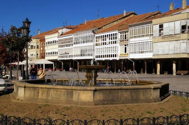 15 sovrum Företag till salu i Aguilar de Campoo - 530 000 € (Ref: 4688059)