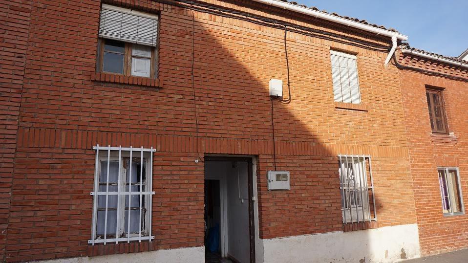 5 soverom Rekkehus til salgs i Herrera de Pisuerga - € 45 000 (Ref: 4688196)