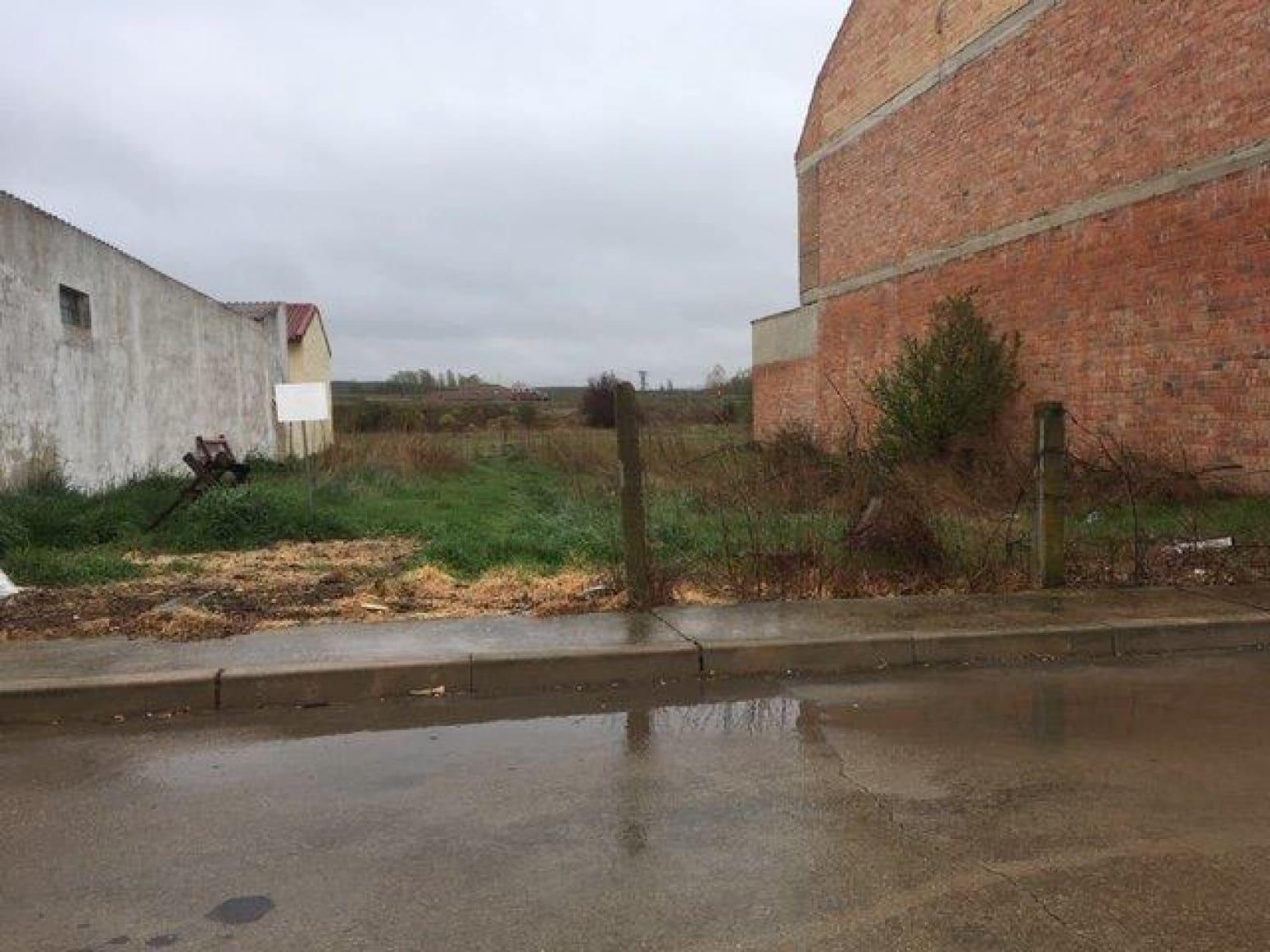 Terrain à Bâtir à vendre à Herrera de Pisuerga - 21 000 € (Ref: 4688241)