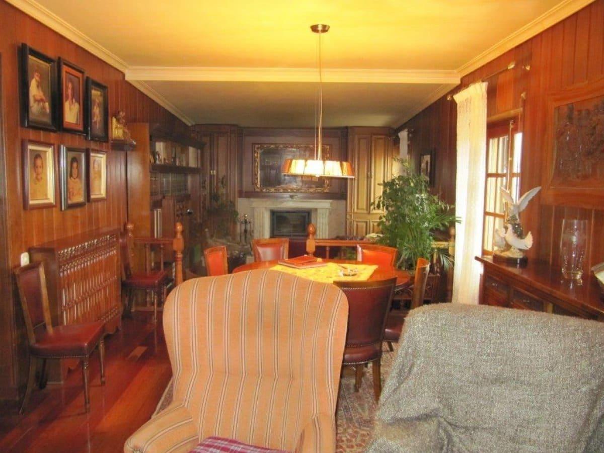 4 sypialnia Mieszkanie na sprzedaż w Alar del Rey - 149 000 € (Ref: 4688280)