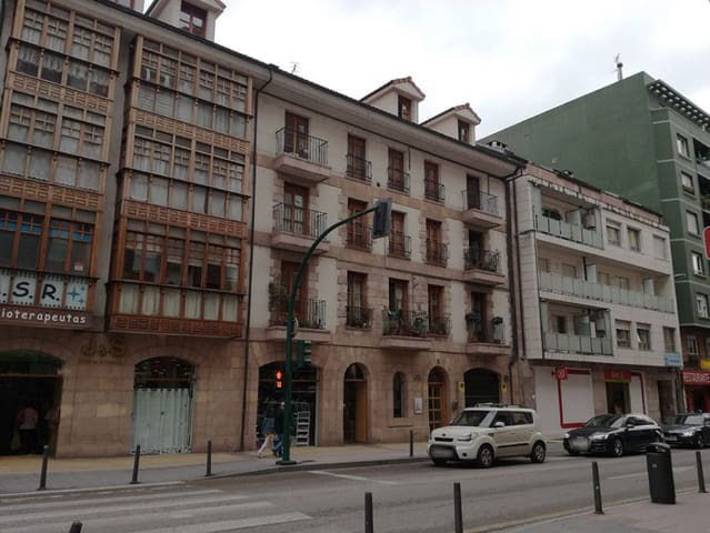 1 Zimmer Wohnung zu verkaufen in Torrelavega mit Garage - 125.000 € (Ref: 4688306)