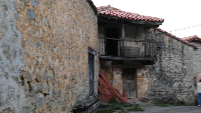 1 sovrum Radhus till salu i Villafufre - 25 000 € (Ref: 4688323)