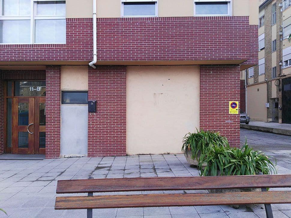 1 slaapkamer Commercieel te huur in Torrelavega - € 250 (Ref: 4688324)