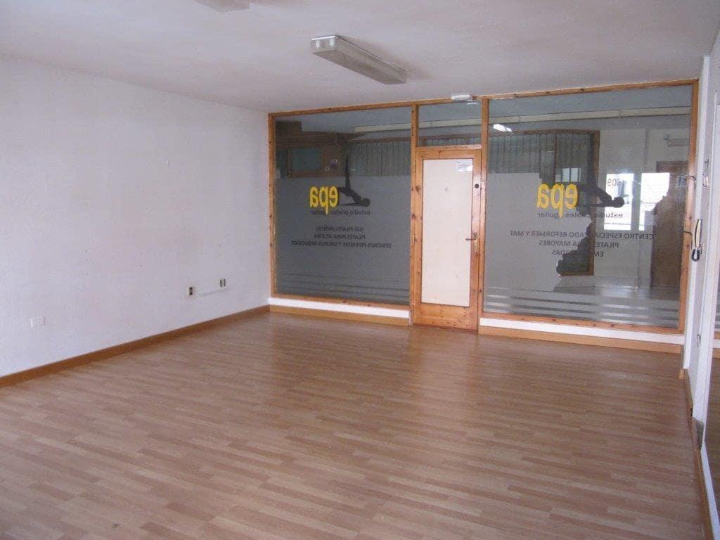 Commercieel te huur in Aguilar de Campoo - € 400 (Ref: 4688335)