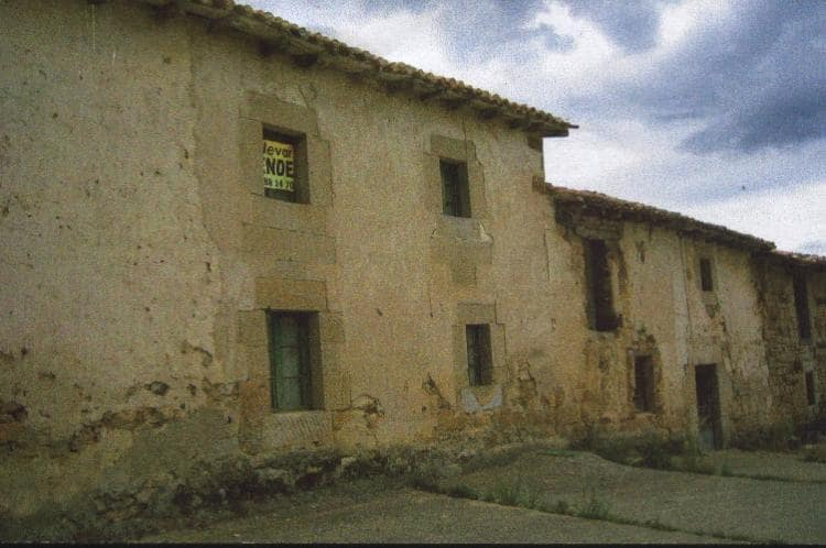 Adosado en Berzosilla en venta - 25.000 € (Ref: 4688337)