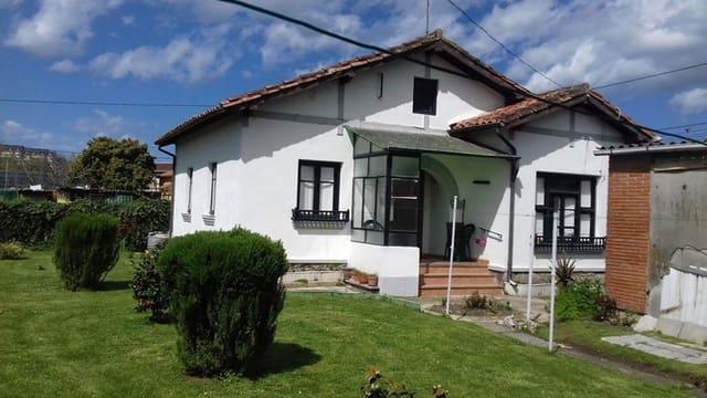 3 sovrum Radhus till salu i Torrelavega med garage - 120 000 € (Ref: 4688348)