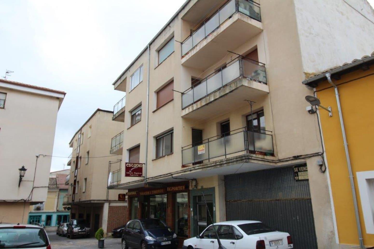 Piso de 3 habitaciones en Herrera de Pisuerga en venta - 40.000 € (Ref: 4688358)