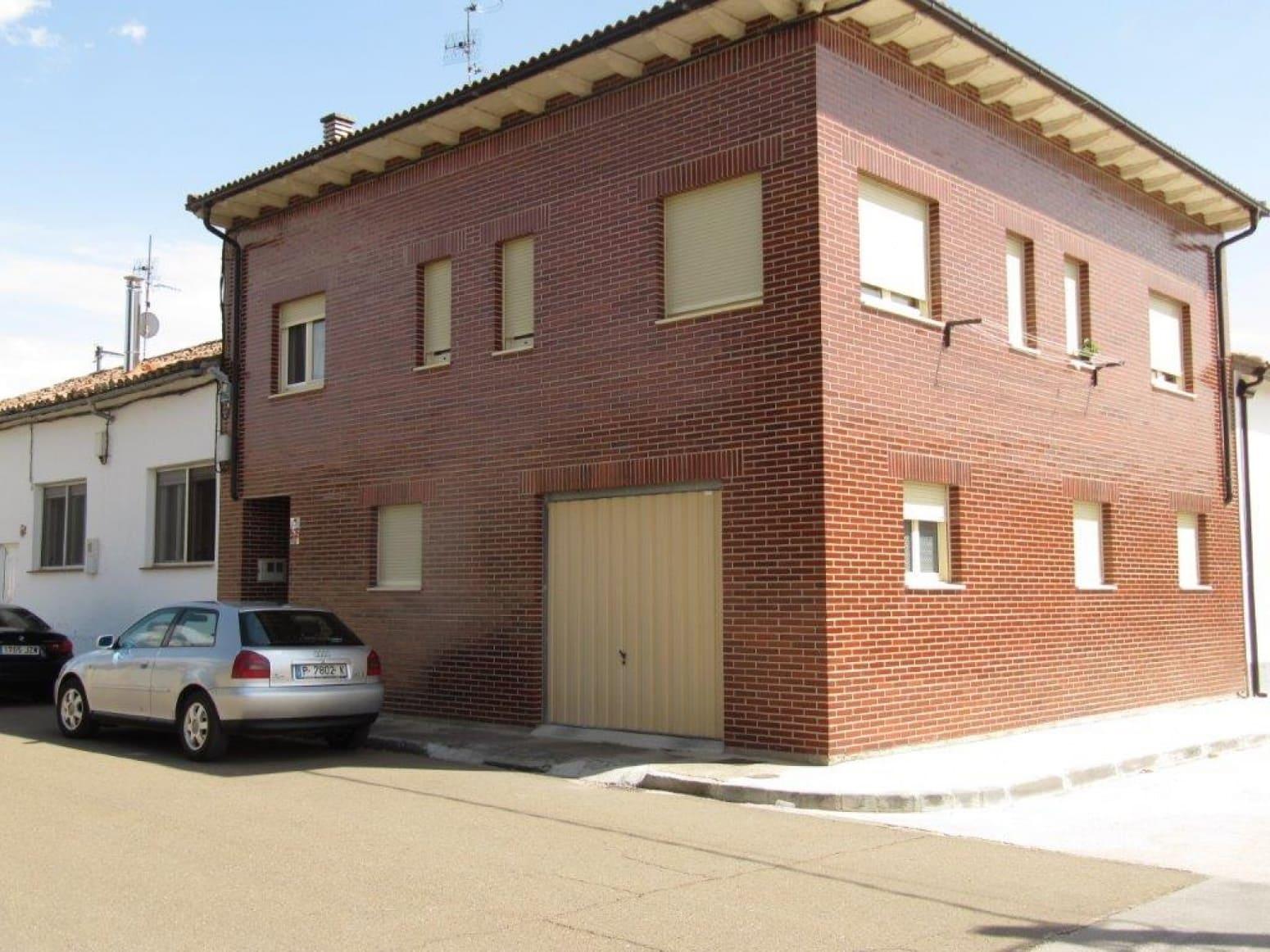 4 soverom Rekkehus til salgs i Herrera de Pisuerga med garasje - € 360 000 (Ref: 4750942)