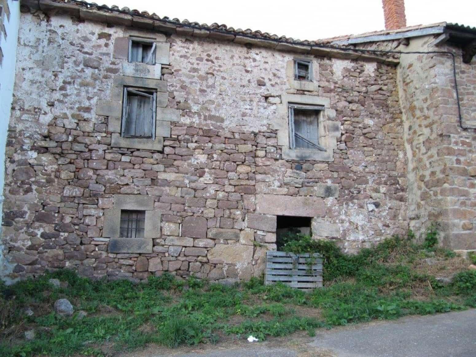 2 soveværelse Villa til salg i Branosera - € 30.000 (Ref: 4852684)