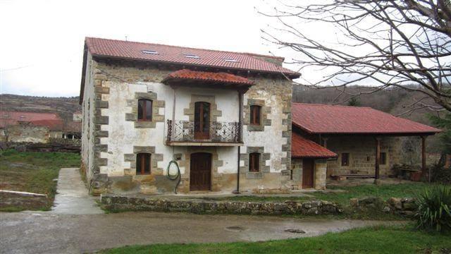 5 sovrum Radhus till salu i Valle de Valdebezana - 540 000 € (Ref: 4852695)
