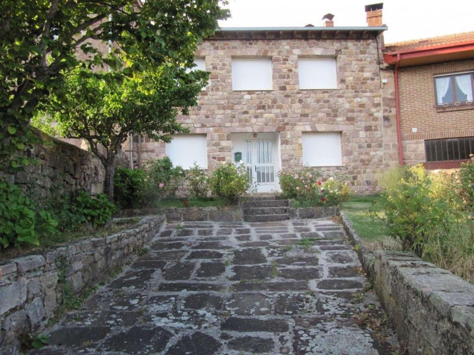 3 soveværelse Villa til salg i Branosera - € 110.000 (Ref: 4881881)