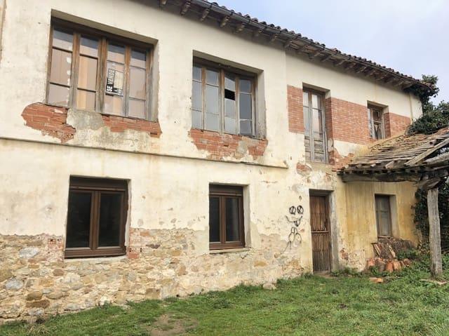 Adosado de 4 habitaciones en Valle de Valdelucio en venta - 42.000 € (Ref: 5010623)