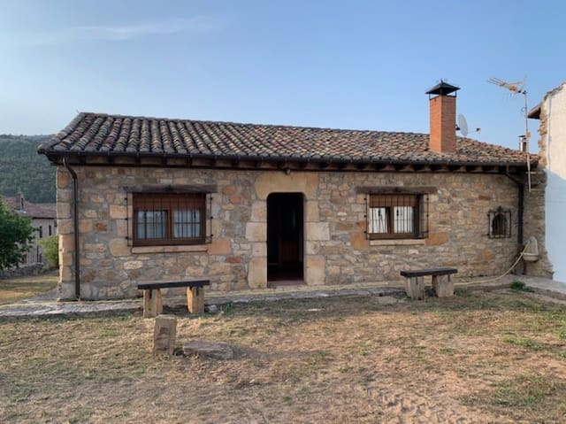 2 Zimmer Villa zu verkaufen in Aguilar de Campoo mit Garage - 150.000 € (Ref: 6243042)