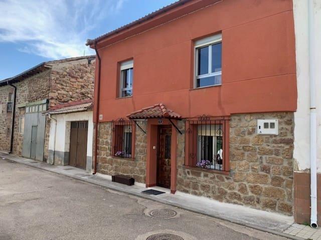 3 soveværelse Villa til salg i Salinas de Pisuerga - € 85.000 (Ref: 6271822)