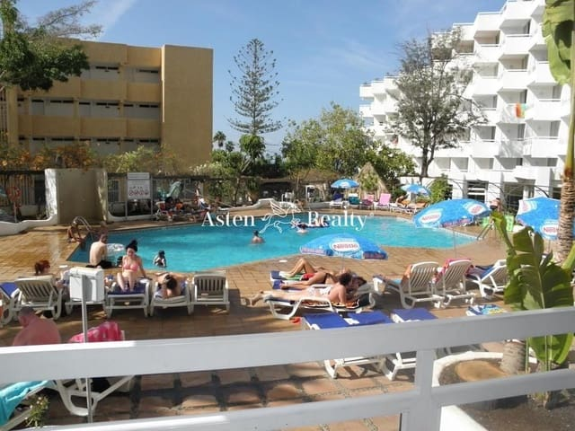 1 soverom Loft til salgs i Playa de las Americas med svømmebasseng - € 127 000 (Ref: 5764701)