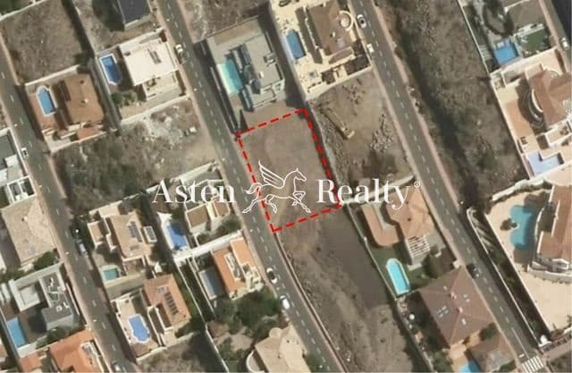 Undeveloped Land for sale in Costa Adeje - € 336,000 (Ref: 5925792)