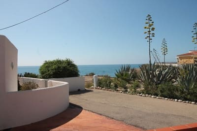 3 bedroom Bungalow for sale in Vinaros with garage - € 250,000 (Ref: 5058075)