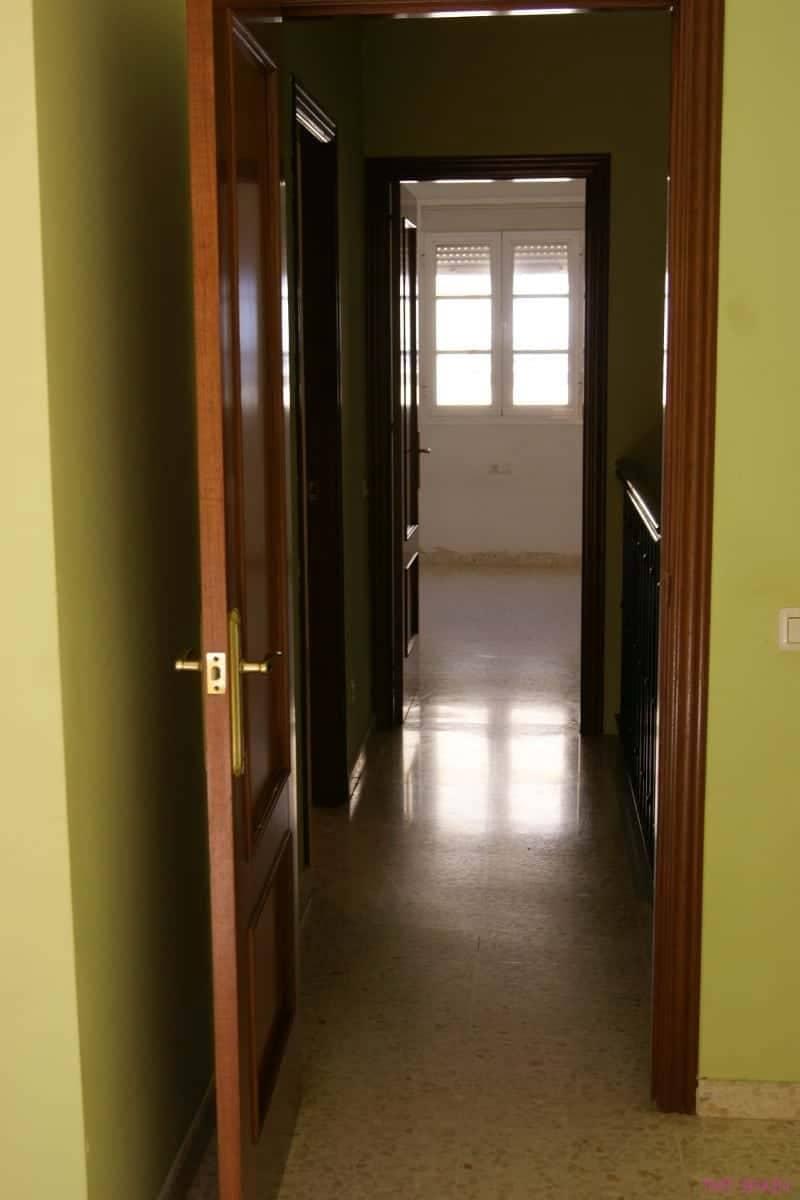 3 soveværelse Byhus til salg i Los Barrios - € 120.000 (Ref: 5779173)