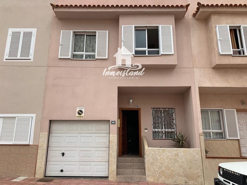 3 slaapkamer Huis te huur in Alcala met garage - € 1.000 (Ref: 4991672)