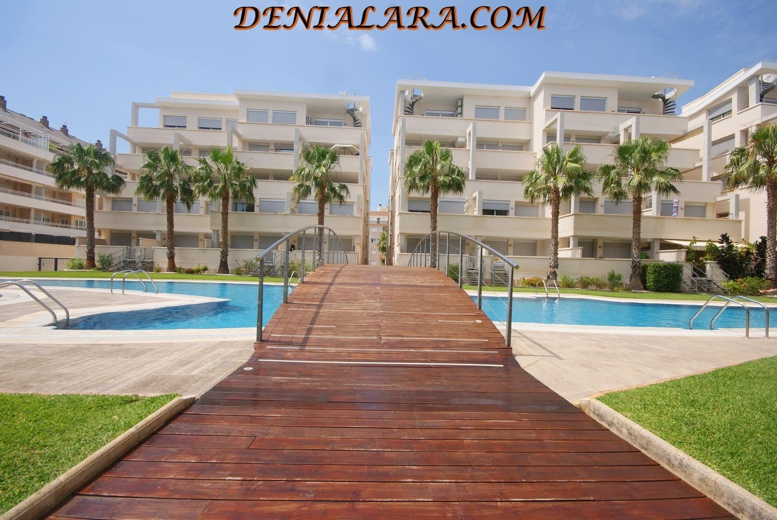 2 bedroom Apartment for holiday rental in Denia with pool garage - € 450 (Ref: 3928479)