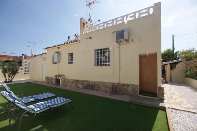 3 bedroom Villa for rent in Denia - € 1,100 (Ref: 5555453)