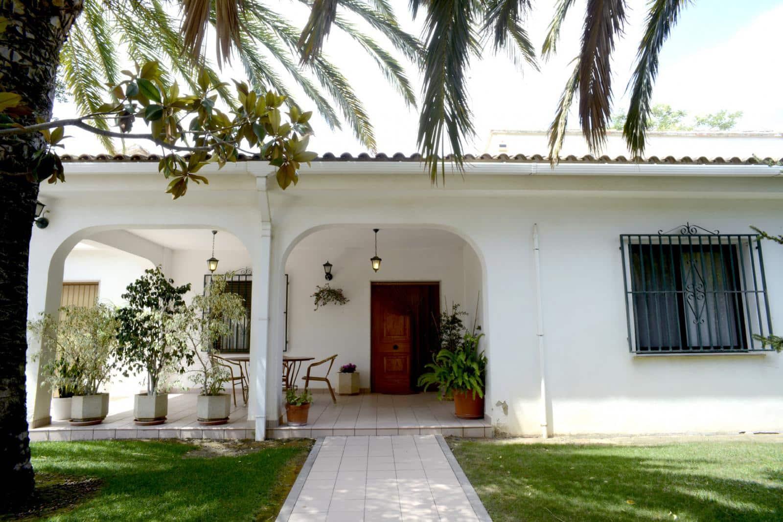 Chalet de 4 habitaciones en Monserrat en venta - 299.000 € (Ref: 4813255)